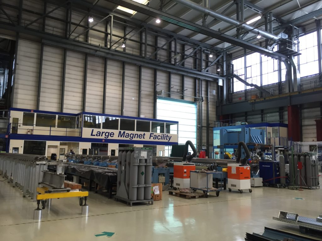 The large magnet facility hall